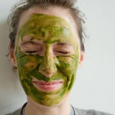 """Приложението на """"Матча"""" в козметиката"""