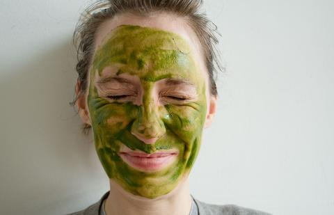 maru-matcha-face-mask-5_large